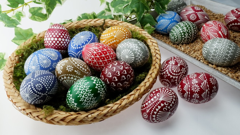 sorbian-easter-eggs-3149012_1920